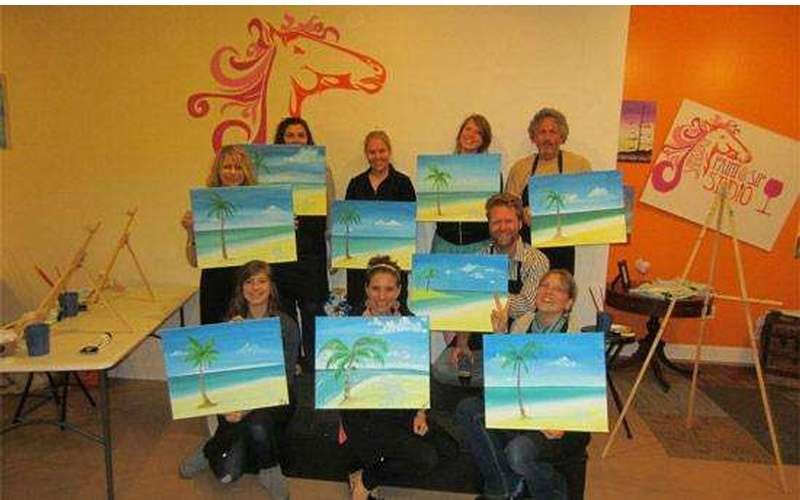 Saratoga Paint And Sip Studio - Latham Location (10)
