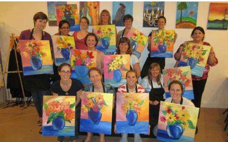 Saratoga Paint And Sip Studio - Latham Location (9)