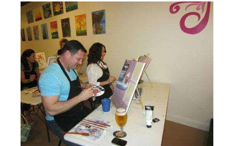 Saratoga Paint And Sip Studio - Latham Location (13)