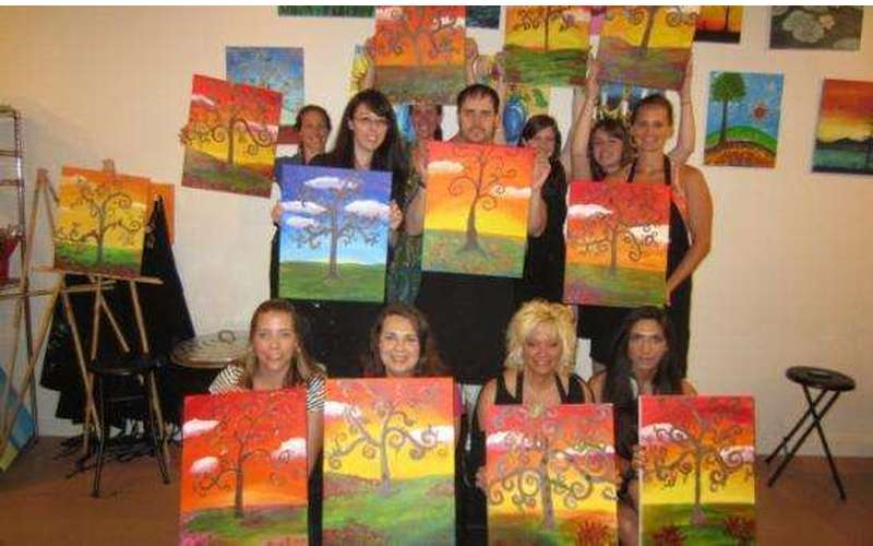 Saratoga Paint And Sip Studio - Latham Location (5)