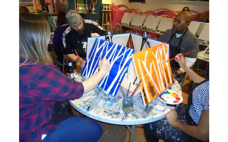 Saratoga Paint And Sip Studio - Latham Location (7)
