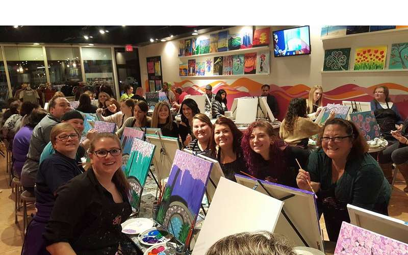 Saratoga Paint And Sip Studio - Latham Location (2)