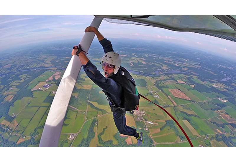 Hang on to the plane and get ready to skydive on your static jump!