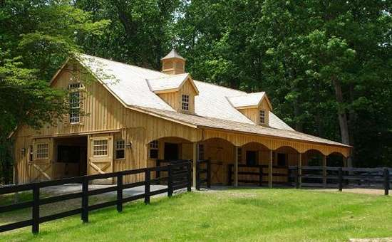 Custom built amish horse barns sheds decks and sunrooms for Custom barn homes