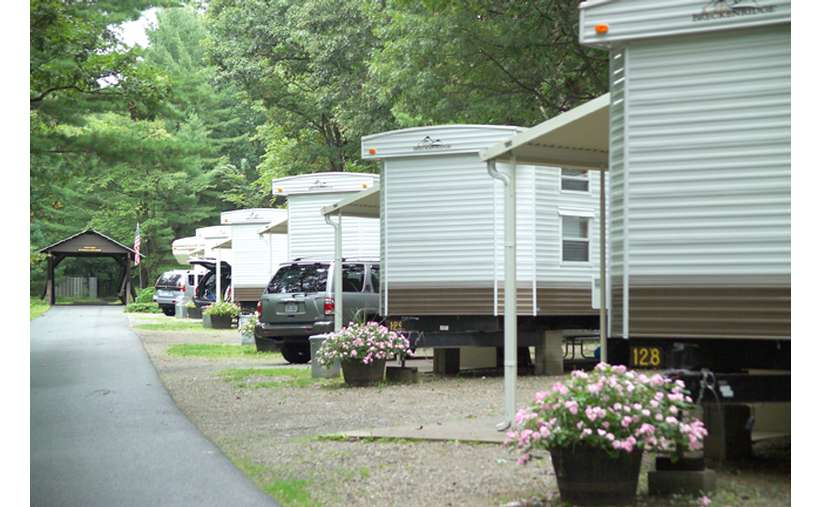 Lake George RV Park Wilderness Lodging Vacation Rentals (8)