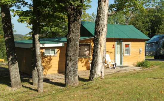 House rental near the saratoga race track close to for Vacation rentals in saratoga springs ny