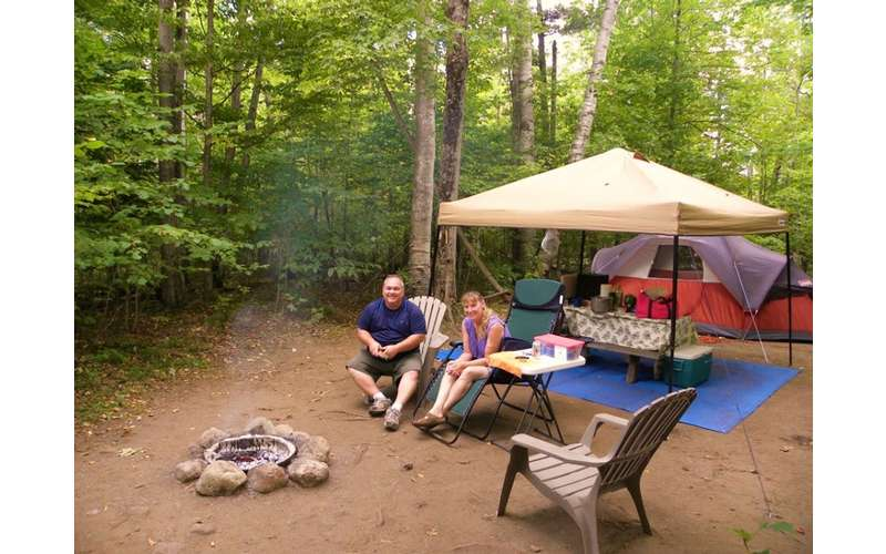 Schroon River Escape Lodges Amp Rv Resort A Scenic Lake