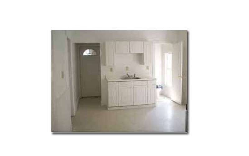 VERY Large Apartment for Rent in Amsterdam $575/month - 6 Units (2)