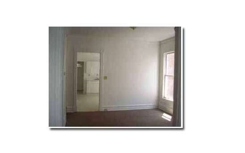 VERY Large Apartment for Rent in Amsterdam $575/month - 6 Units (3)