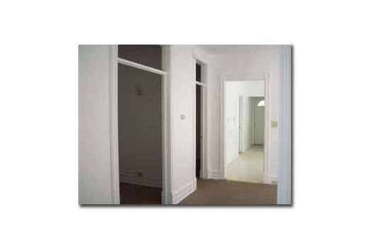 VERY Large Apartment for Rent in Amsterdam $575/month - 6 Units (4)