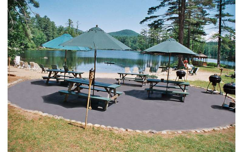 Enjoy our picnic area!