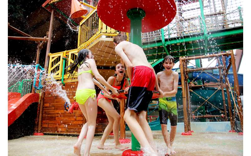 Six Flags Great Escape Lodge & Indoor Water Park (19)