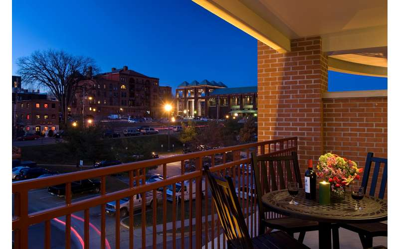 Hampton inn suites saratoga springs downtown reviews info for Saratoga springs pet friendly hotels