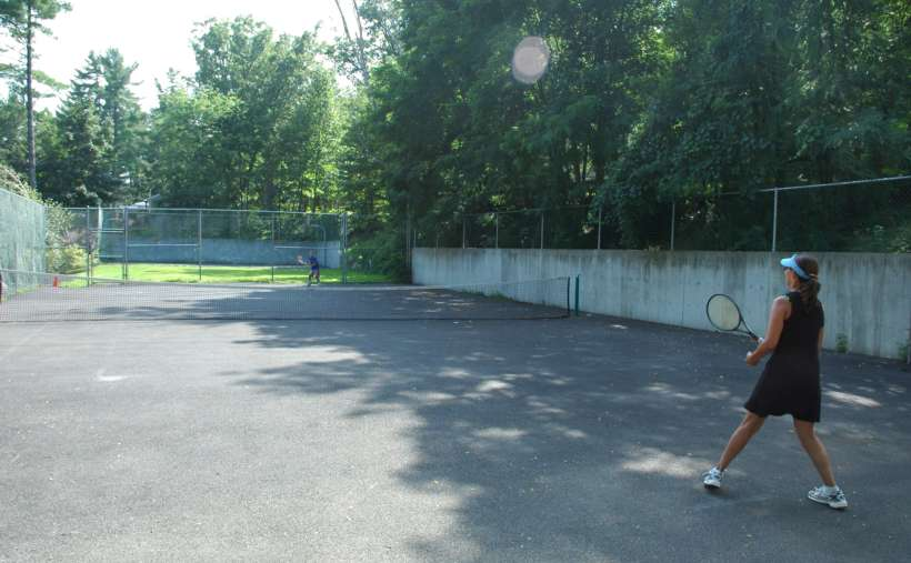 Love tennis, you will love our tennis courts
