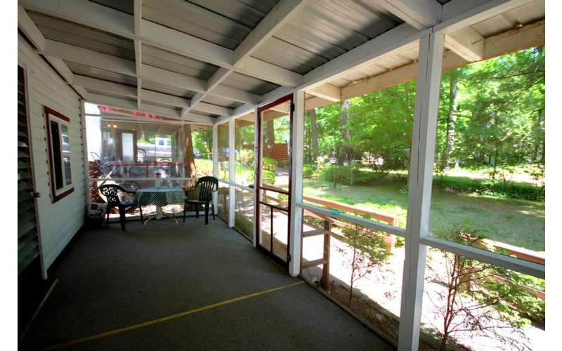 The Glenmoore Lodge In Lake George Ny Comfortable