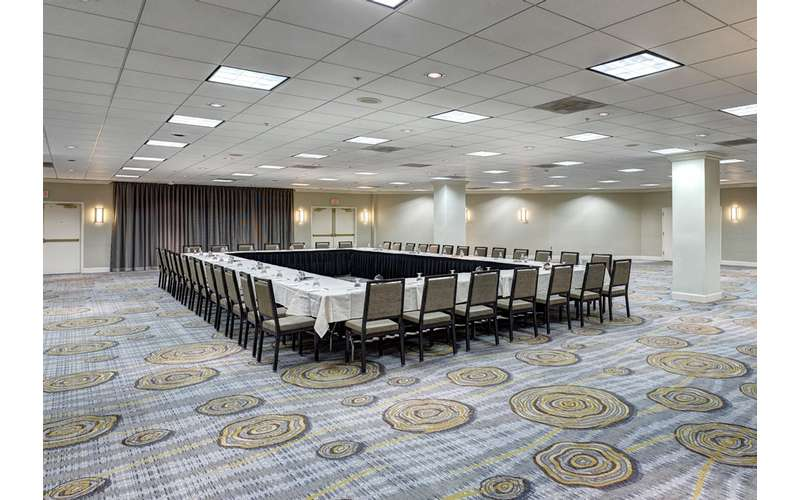 The Hudson Room is great for large gatherings.