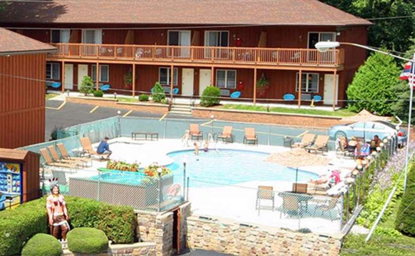 Mohican Motel (1)