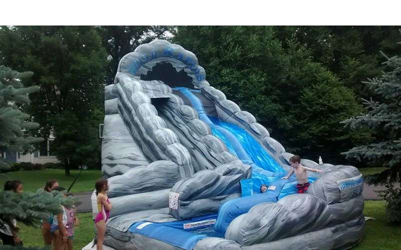 Jumping Bean Party Rental -- Bounce Houses, Waterslides, Food Machines, Tents, Tables & More (4)