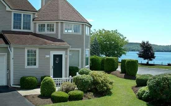 Saratoga lake townhouse saratoga springs 12866 for Vacation rentals in saratoga springs ny