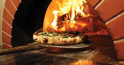 Live Music & Wood Fired Pizza at The Saratoga Winery!