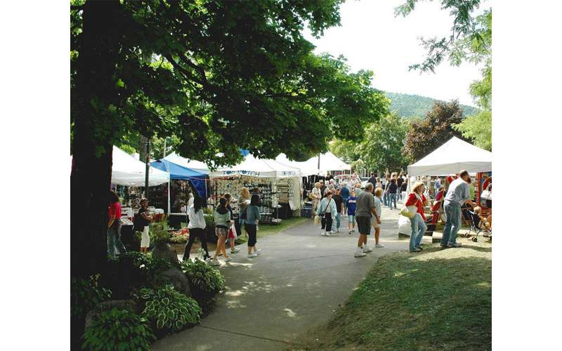 Summer Craft Festival in Lake George, NY (1)