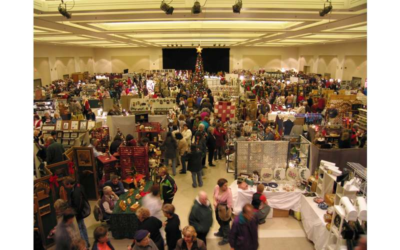 crowds at the craft marketplace
