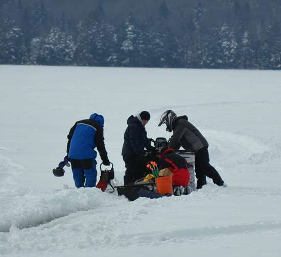 Ice fishing derby long lake lake eaton saturday feb for Ice fishing ny