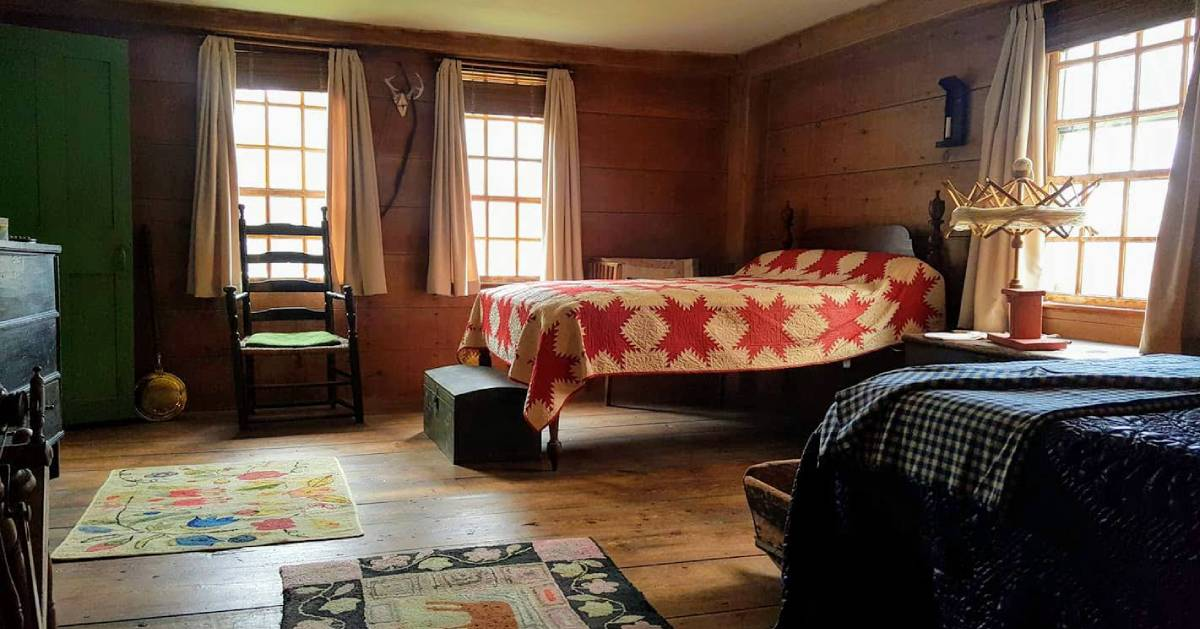 bed in Bidwell House