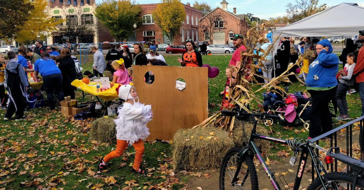 kids at Halloween event