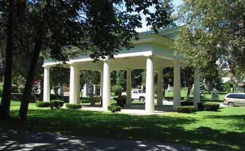 Historic Congress Park (2)