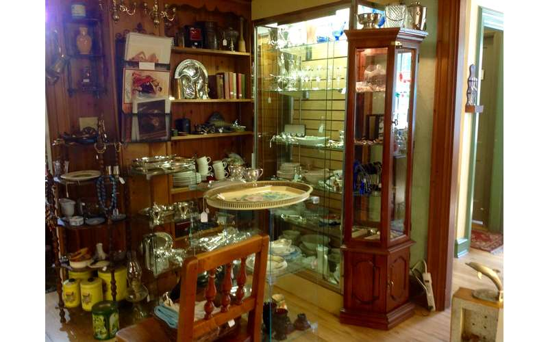 Glenwood Manor Antiques & More (19)