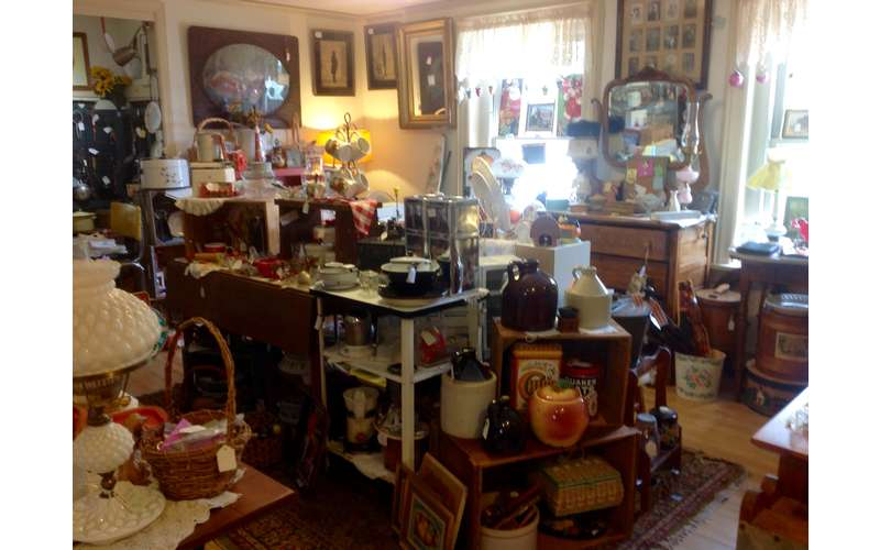 Glenwood Manor Antiques & More (20)