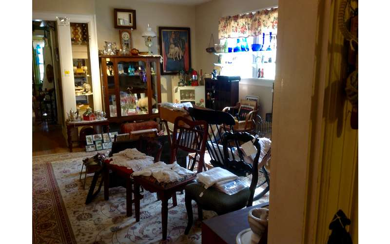 Glenwood Manor Antiques & More (5)