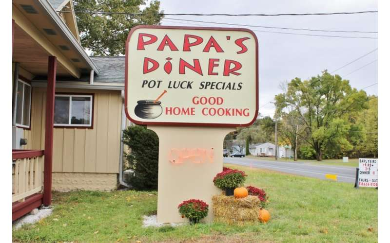 papa's diner sign