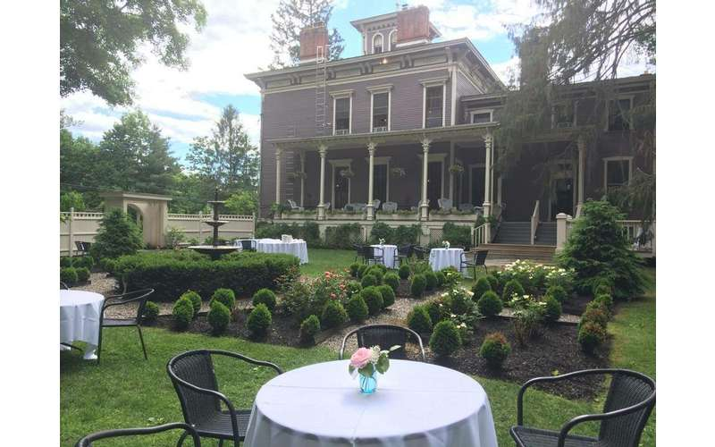 The Mansion Inn of Saratoga (14)