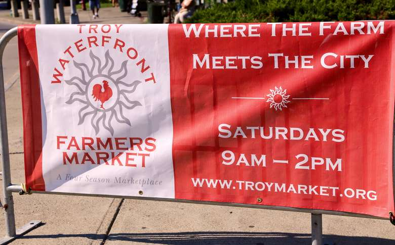 waterfront farmers market banner