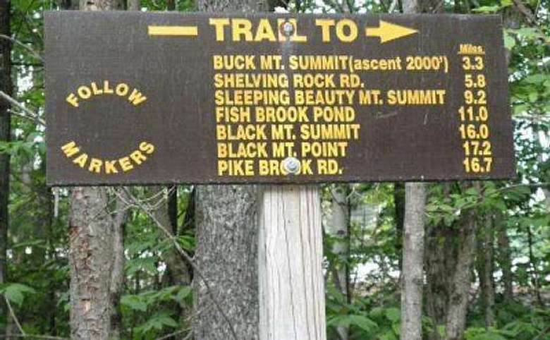 buck mountain trail sign