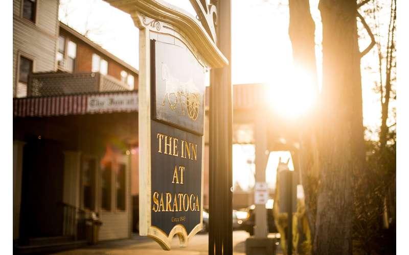 the inn at saratoga sign