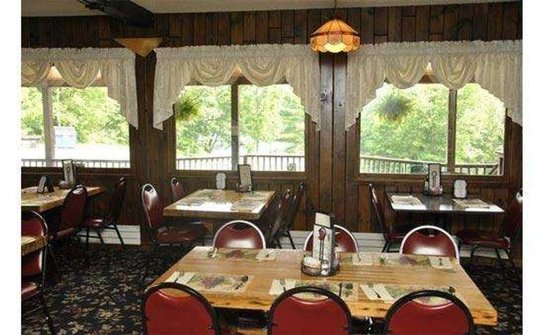 view of the windows in the dining area