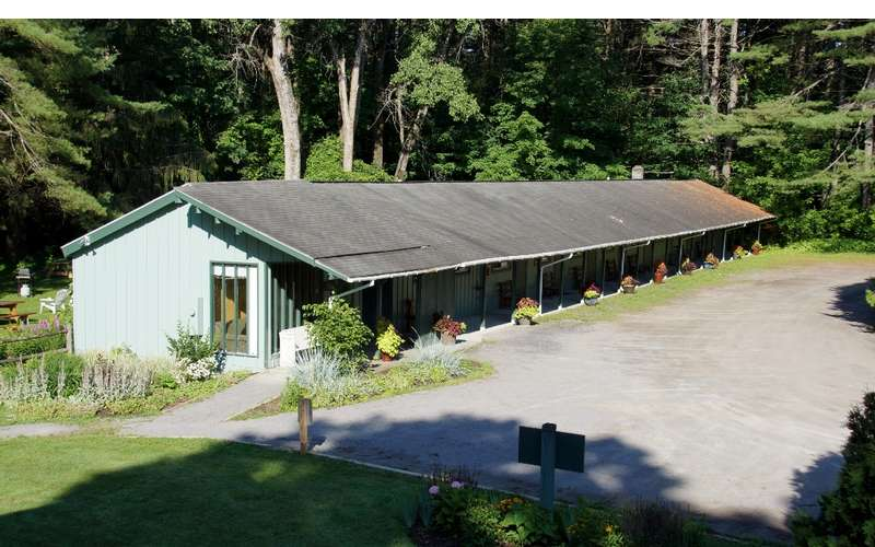 the Saratoga Garden Motel &the Garden Therapeutic Services (5)