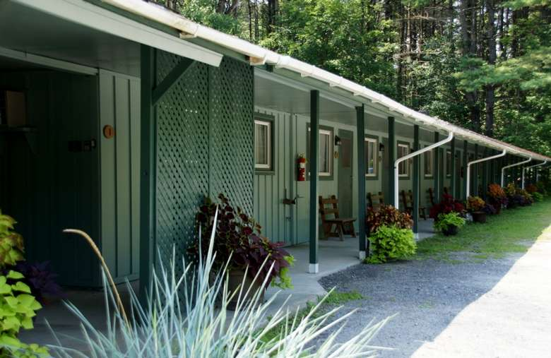 the Saratoga Garden Motel &the Garden Therapeutic Services (1)