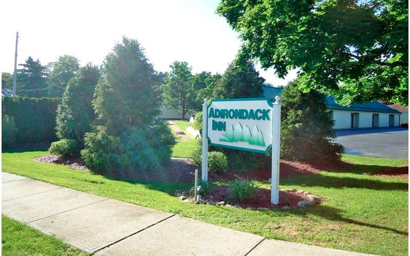 Adirondack Inn (6)