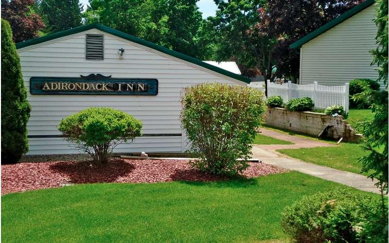 Adirondack Inn (8)