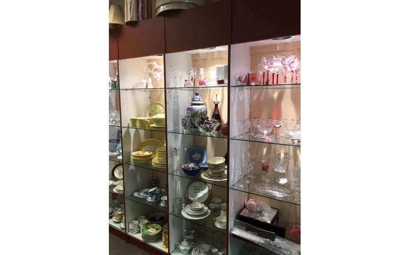 Treasures Consignment Boutique (17)