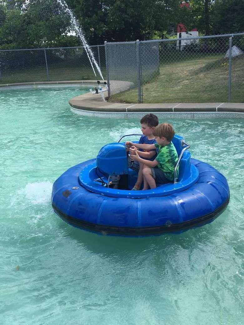 boys on bumper boats