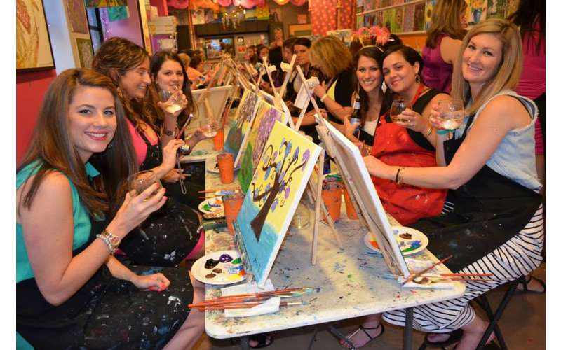 Saratoga Paint and Sip Studio (3)