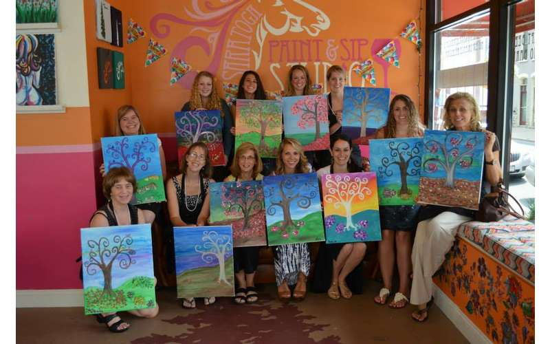Saratoga Paint and Sip Studio (2)