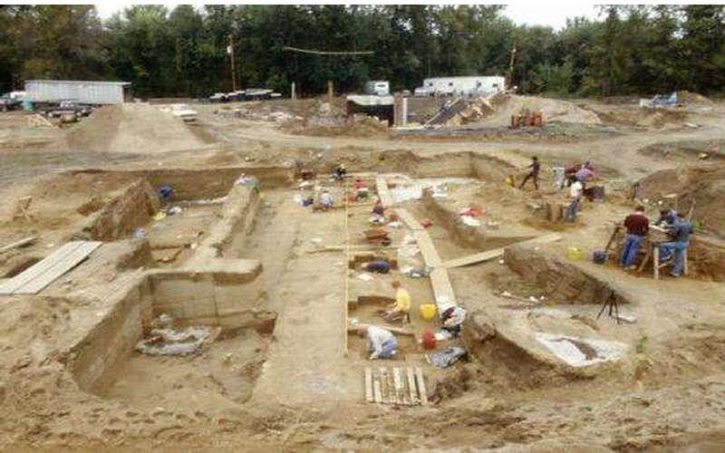 An archaeological dig at Rogers Island