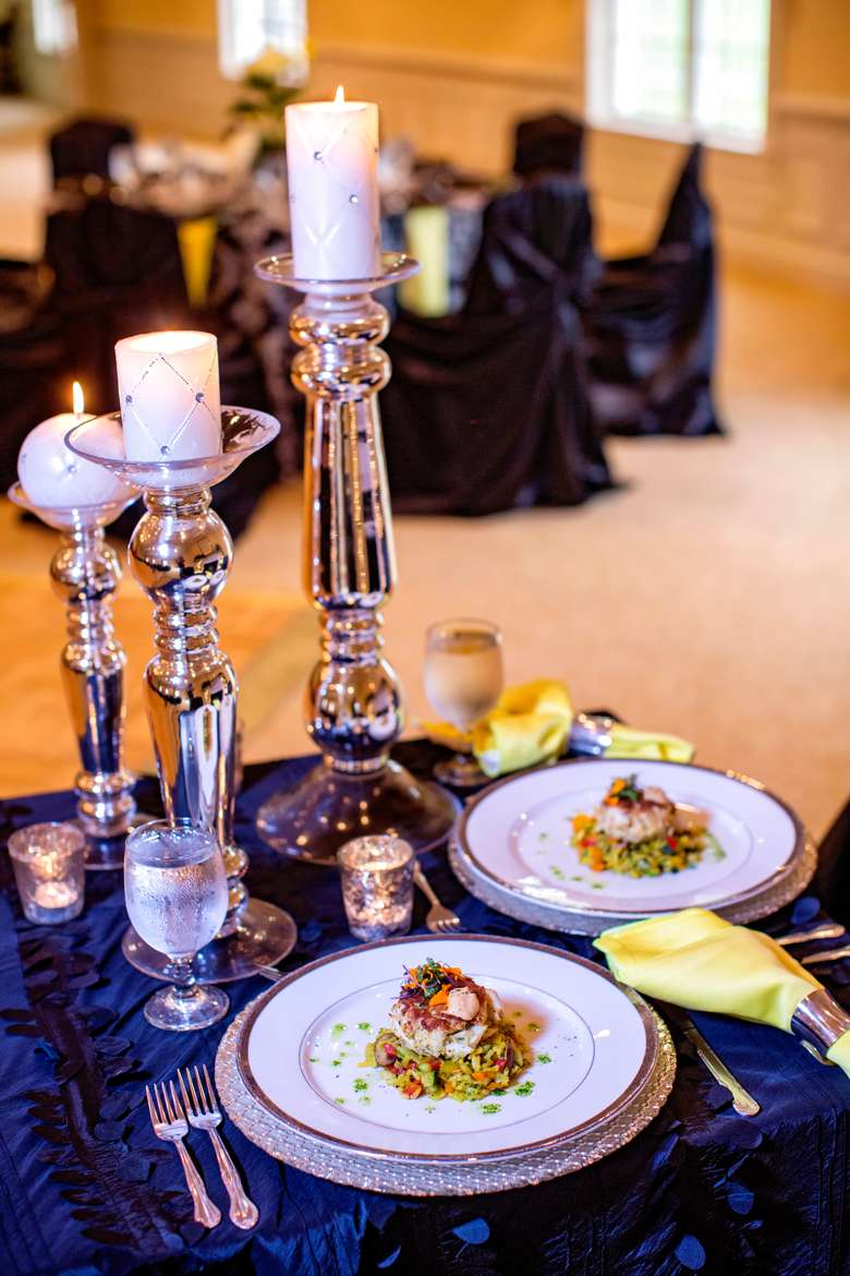 David Schwartz Photography, Inspired Events By Kelly, Connie Duglin Linens, Williamsburg Floral