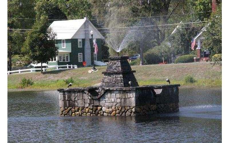 Brant Lake water fountain